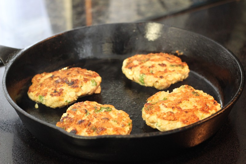 Burgers in pan3
