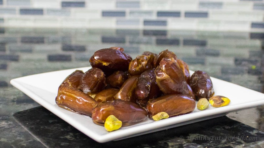 Dates and Nuts energy bites-3