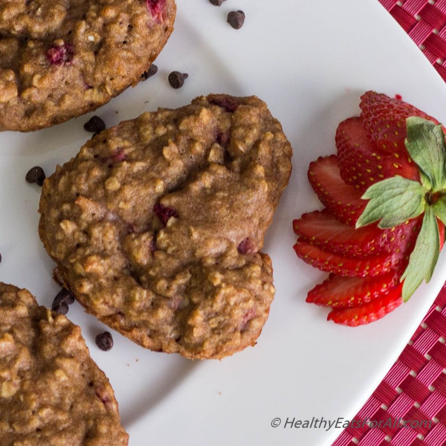 Strawberry Oatmeal Yogurt Muffins-14