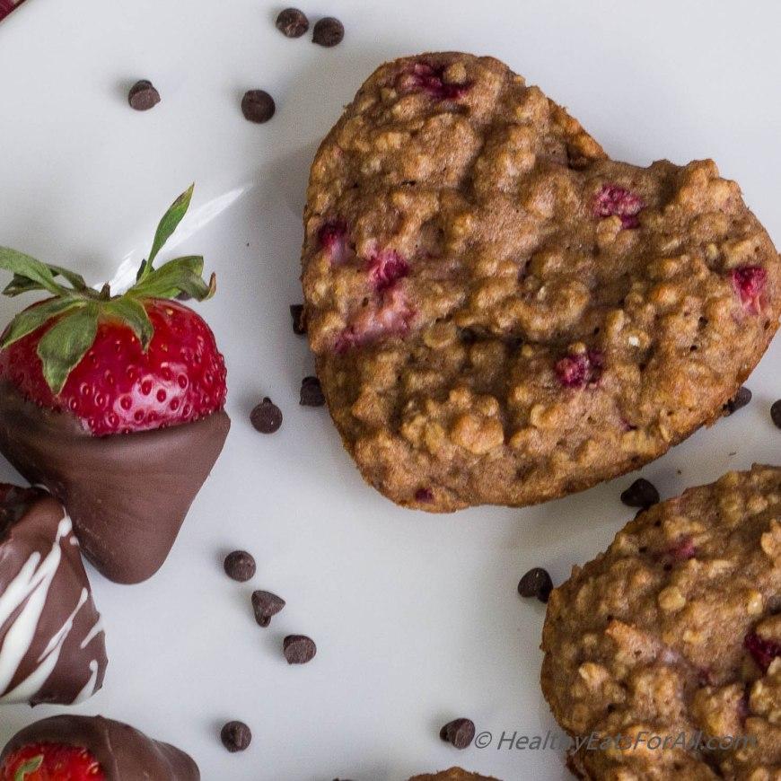 Strawberry Oatmeal Yogurt Muffins-15