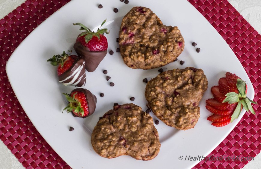 Strawberry Oatmeal Yogurt Muffins-16
