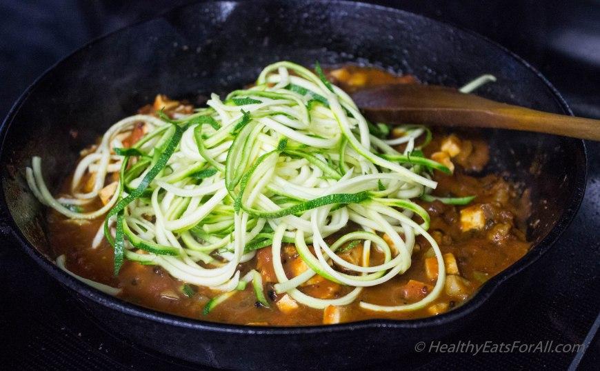 Vegan Zucchini Spaghetti with Mushroom Tofu Sauce-15
