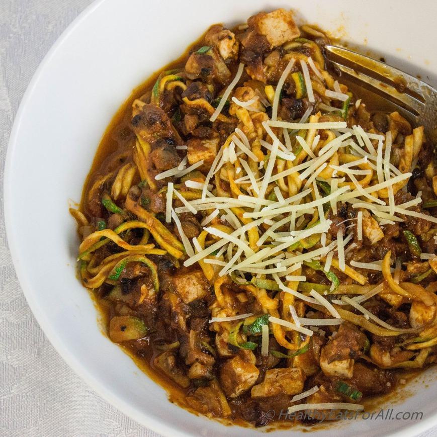 Vegan Zucchini Spaghetti with Mushroom Tofu Sauce-4a